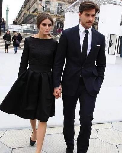 黑色西服怎么穿才有气质