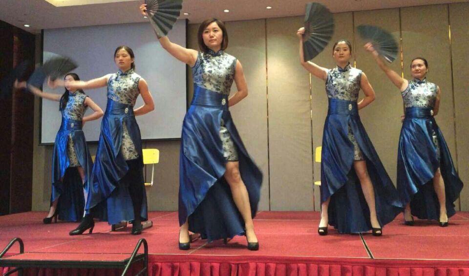 温岭国际年会演出服装